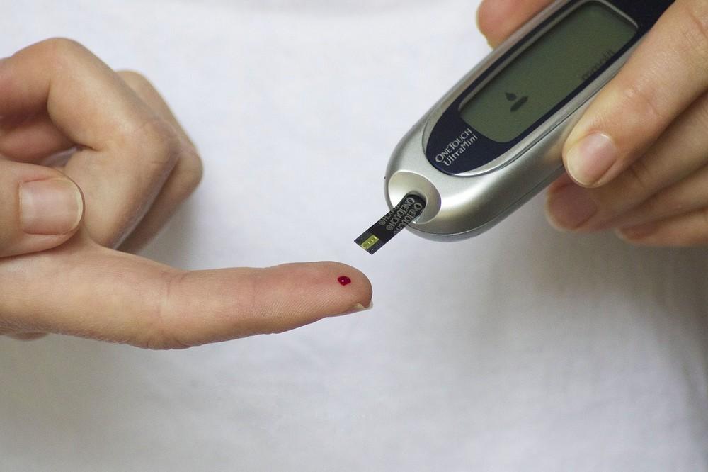 Beter bril dan vingerprik: nieuwe manieren om bloedwaarden te meten